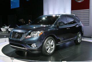 2013-Nissan-Pathfinder-Concept-07
